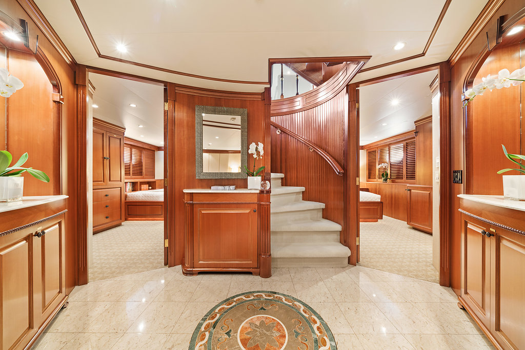Stateroom Entryway